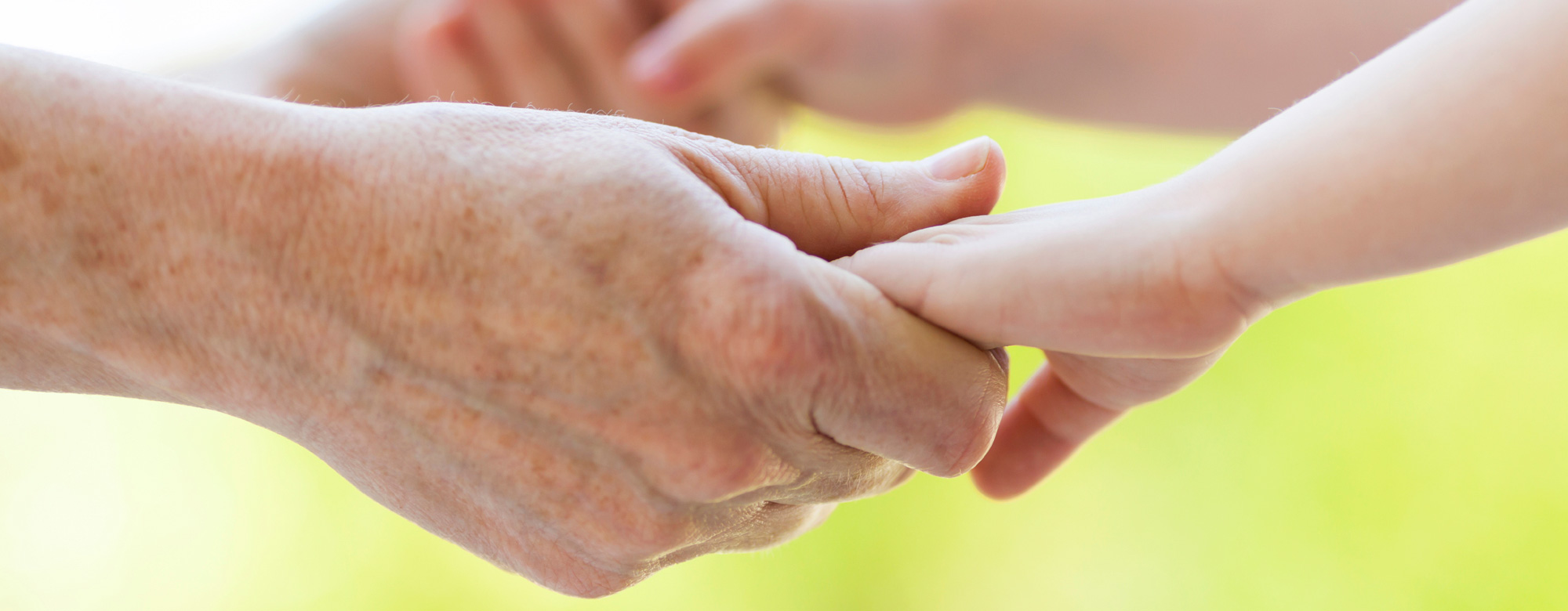 COVID-19: al via il bando per studi clinici sulla popolazione anziana a rischio durante l'emergenza