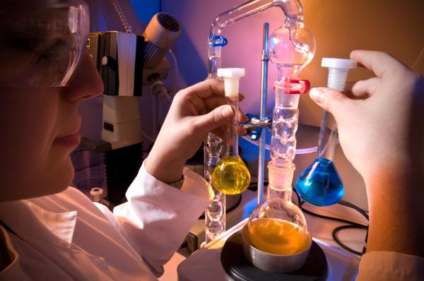 Ccnl chimico e chimico farmaceutico nota illustrativa for Ccnl legno e arredamento piccola e media industria