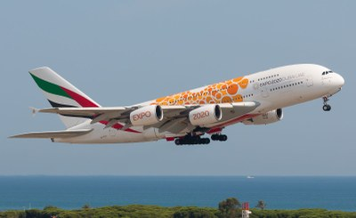 Ingresso gratuito a Expo per chi vola o fa scalo a Dubai: Emirates porta i suoi passeggeri all'Esposizione Universale