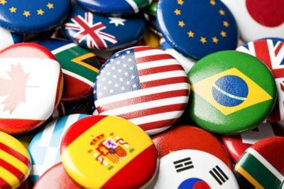 Vendita internazionale di macchinari e fornitura di impianti industriali. Incontro, 14 aprile